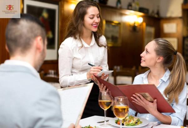 Alacarte là gì? Quy trình phục vụ Alacarte của khách sạn đạt chuẩn
