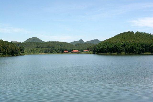 Hồ Đồng Chương - Cảnh Sắc Đà Lạt Tại Ninh Bình