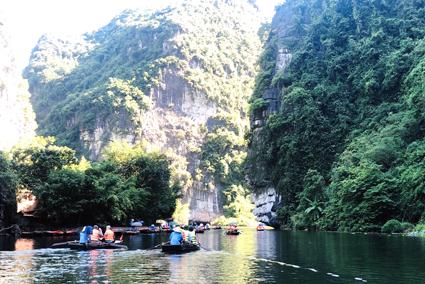 Bảo vệ môi trường góp phần phát triển du lịch bền vững