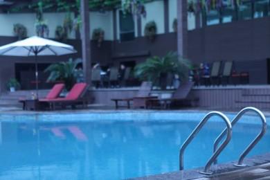 pool bar 02