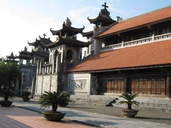 Nhà thờ Phát Diệm